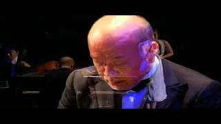 One summer's day (Spirited Away), Joe Hisaishi - piano, Ayaka Hirahara - vocal