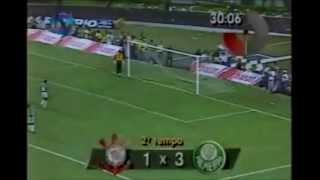 No Pacaembu lotado, o timaço do Palmeiras enfrentou o Corinthians e praticamente encaminhou o titulo no jogo de ida...