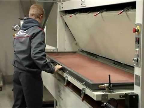 Vacuum membrane presse 2013