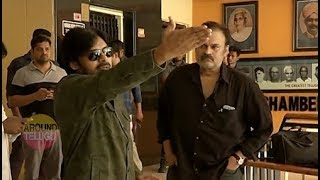 Video VIDEO : పవన్ నిరసన ..Pawan Kalyan At Film Chamber Against  Media..RGV..Sri Reddy..Alluarjun MP3, 3GP, MP4, WEBM, AVI, FLV April 2018