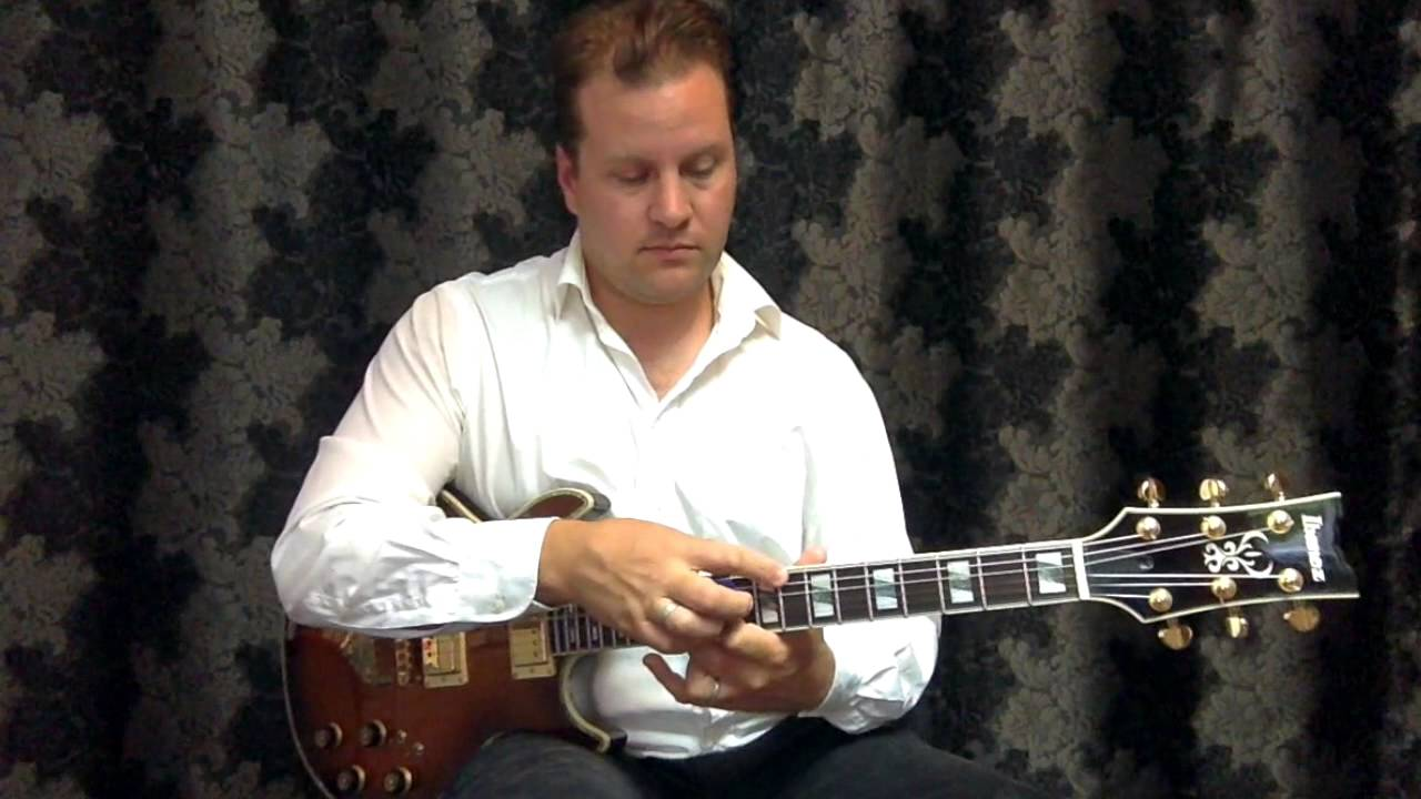 Guitar Lesson: Advanced – Expanding Chord Voicing's and Substitutions by Nick Granville