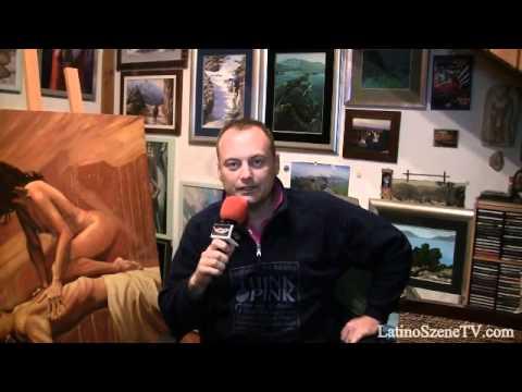 O pintor croata Hvoje assiste Latino Szene TV. E você? (Em croata e espanhol)