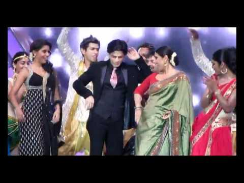Vidia balan - SHAHRUKH KHAN DANCES WITH VIDYA BALAN IN DUBAI LIVE PERFORMANCE For the song oo laa laa oo laa laa In Asianet Film awards 2012 @ Dubai festival city on 06.01...