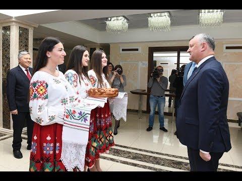 """Președintele Republicii Moldova a vizitat Universitatea de Stat de Medicină și Farmacie """"Nicolae Testemițanu"""""""