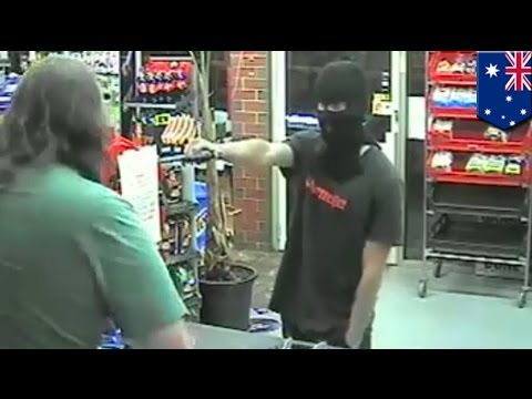 Robbery fail: Armed man makes hilarious attempted convenience store hold up in Bendigo, Australia