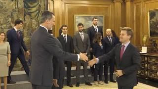 S.M. el Rey recibe a la 68 promoción de técnicos comerciales y economistas del Estado