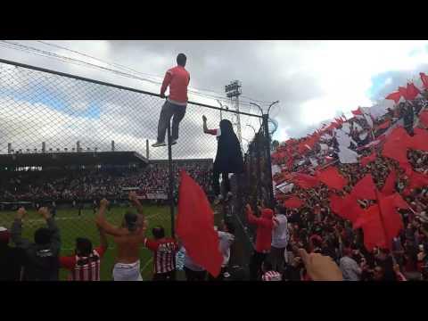 Hinchada de estudiantes de la plata en Quilmes vs gimnasia 2017 - Los Leales - Estudiantes de La Plata