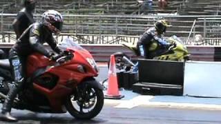 Nitrous Hayabusa vs BMW s1000rr drag racing 2010 - YouTube