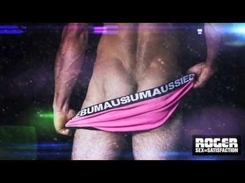 Sốc nặng với clip quảng cáo quần lót nam cực nóng