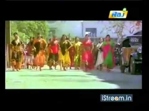 'Vethala potta shokkule...' song from 'Amaran'