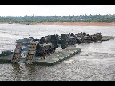 Военные понтонеры из России вырвались в лидеры конкурса «Открытая вода»