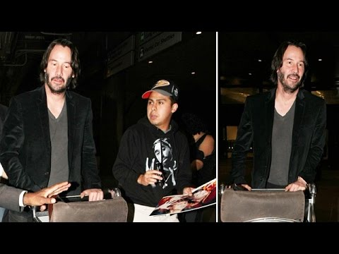 Keanu Reeves Not In The Mood For Autographs At LAX