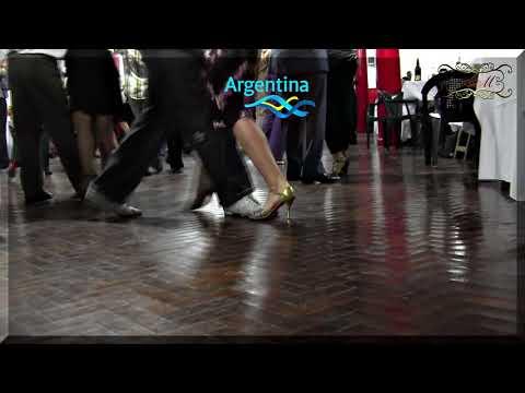 Placer de ver bailar prolijo, pies al piso e interpretando la música. Tango