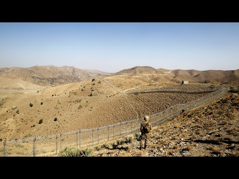 Pakistan Builds Fence Along Border with Pakistan