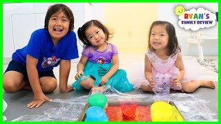 Baking Soda and Vinegar Science Experiments with Ryan Emma and Kate!!!