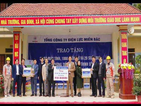EVNNPC trao tặng quà tại Trường Tiểu học Hợp Thịnh số 2, huyện Hiệp Hòa tỉnh Bắc Giang
