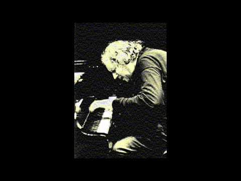 Grigory Sokolov: Bach's Partita No.2 (I. Sinfonia) видео