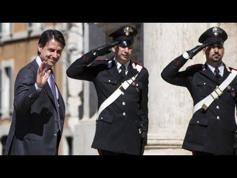 """Giuseppe Conte will """"Verteidiger der Italiener"""