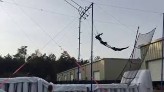 High Flying Trapeze - Planche catch.