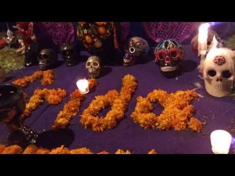 Ofrendas Día de Muertos dedicadas a Frida Kahlo y Diego Rivera