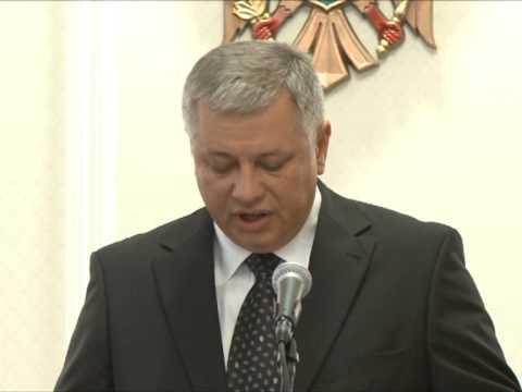 Ministrul Finanțelor, Anatol Arapu, a depus jurământul în calitatea sa de membru al Guvernului Leancă