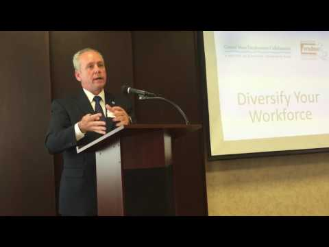 Ver vídeo Diversify Your Workforce