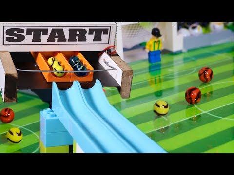 Torneio com BOLINHAS de GUDE Futebol - TIME com SELEÇÃO de PAISES e LEGO - Marble Football