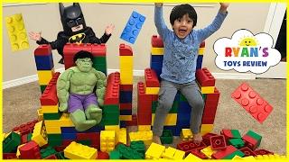 Video GIANT LEGO BUILDING CHALLENGE FOR KIDS! Lego Batman Superhero IRL ! Family Fun Playtime with toys! MP3, 3GP, MP4, WEBM, AVI, FLV Agustus 2018