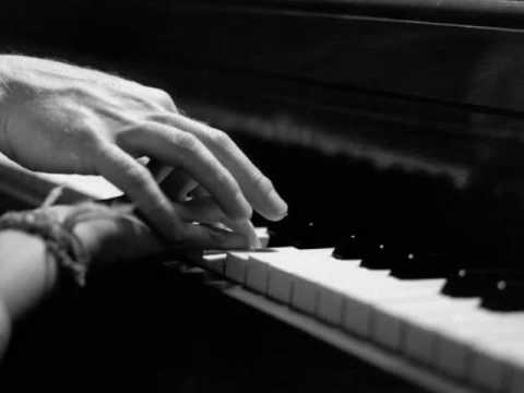 Tekst piosenki Tiziano Ferro - El Amor Mas Grande po polsku