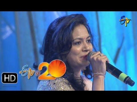 Sunitha-Performance--Aakasamlo-Aasala-Song-in-Gunturu-ETV-20-Celebrations