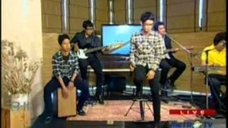 Cappucino live performed at 8-11 Show (05/05) (Courtesy MetroTV) Video