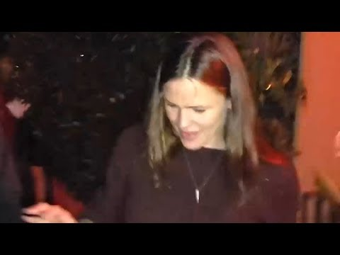 Jennifer Garner Faces Questions On College Admissions Cheating Scandal After Dinner At Giorgio Baldi