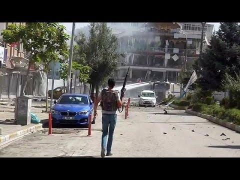 Τουρκία: Βομβιστική επίθεση στο Βαν μετά τις καθαιρέσεις Κούρδων δημάρχων