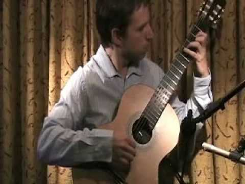 El Chavo del 8 en Guitarra. Turkish March -  www.elearnguitar.com