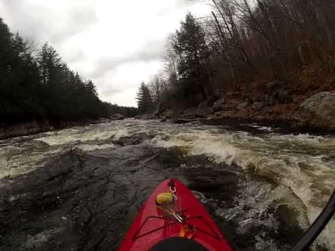 Lower Middle Moose 2013 – White Water Kayaking  with Instructional Guides