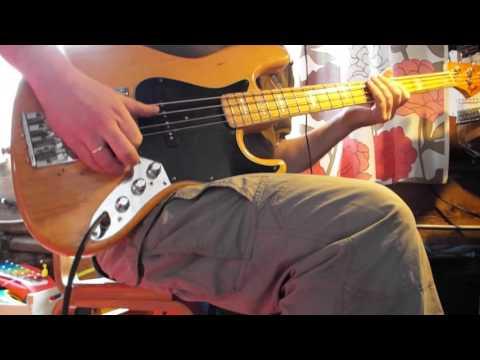 Kiss (Prince) Solo Bass Cover видео