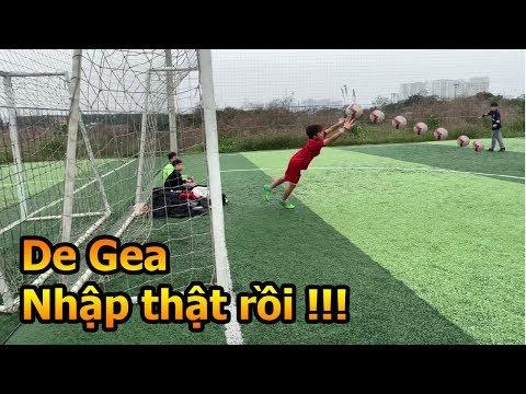 Thử Thách Bóng Đá Duy Trung trổ tài làm thủ môn bay người cứu thua như David De Gea Việt Nam - Thời lượng: 4:14.