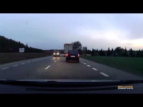 kierowcy-tego-passeratti-spieszylo-sie-bardziej