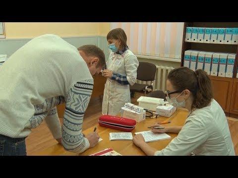 У Житомирі мобільні бригади вакцинують на робочому місці