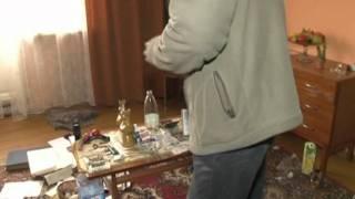 """Właściciel kamienicy włamuje się do mieszkania tzw """"uciążliwego lokatora"""""""