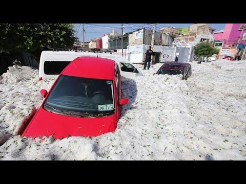 Hagelsturm: Mexikanische Stadt Guadalajara unter Hage ...