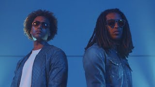 Afro Bros & Finest Sno - Breek Je BakkaSpotify: http://bit.ly/bakkaspotiTunes: http://bit.ly/bakkatuneDeezer: http://bit.ly/bakkadeezApple Music: http://bit.ly/bakkaappVideo CreditsWescur VideographyWebsite: www.wescur.nl #TeamWescur-----Top Notch werd bekend met uitgaven van Nederlandse hiphop. Tegenwoordig geven we allerlei soorten muziek, films en boeken uit. Top Notch is marktleider van de Nederlandse hiphop en een van de meest succesvolle independent labels in zowel Nederland als België.Bekijk ook onze playlists:Populaire video's: http://bit.ly/1zAjdX7De Jeugd van Tegenwoordig: http://bit.ly/17sRfa4Ronnie Flex: http://bit.ly/19eNmGgLil Kleine: http://bit.ly/1RVfBItLijpe: http://bit.ly/1TW8O8NCho: http://bit.ly/1YaQM2yBroederliefde: http://bit.ly/1TW9P0ESFB: http://bit.ly/1su5gyCKenny B: http://bit.ly/1RVfv3zJayh: http://bit.ly/1Mj1fT4Bokoesam: http://bit.ly/2e8f6UJAres: http://bit.ly/17sN5iDSBMG: http://bit.ly/19eN5DsFresku: http://bit.ly/1EloaaASef: http://bit.ly/1J8EuCcTopNotchclassics: http://bit.ly/1zcCNtnhttps://twitter.com/TopNotchNL https://www.facebook.com/TopNotchNL http://instagram.com/topnotchnl http://www.top-notch.nl/https://www.snapchat.com/add/topnotchnl