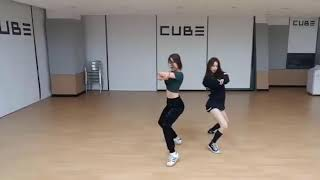 Download Lagu Seungyeon & Yujin [CLC] Cover DNA - BTS Mp3