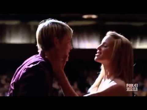 Gleeky (видео)
