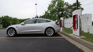 Video Here Is What Living with a Tesla Model 3 Is Really Like MP3, 3GP, MP4, WEBM, AVI, FLV Agustus 2019
