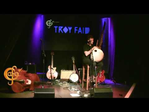 Café Verkehrt  presents  28 10 2016 Troy Faid