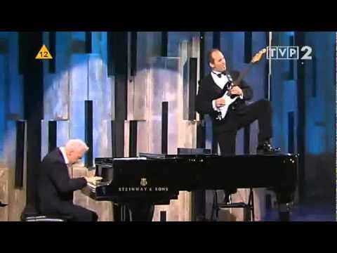 Filharmonia Dowcipu - Chopin C-Minor Etude Revolutionary blazing version