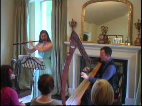 Karin Leitner & Cormac de Barra play the Monaghan Jig in Woodford House, Dublin