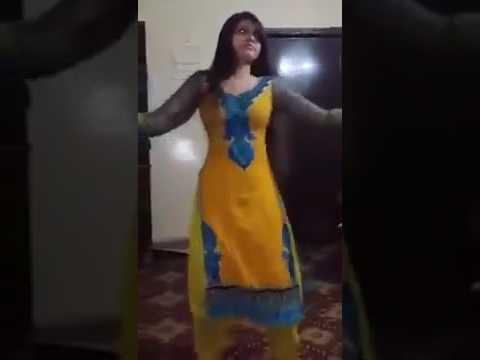 Video Dasi girl bhabhi Randi Aunti live video showing her private boobs download in MP3, 3GP, MP4, WEBM, AVI, FLV January 2017