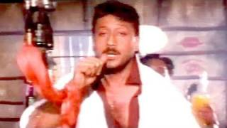 Tun Tuna Tun Tun videoclip Jackie Shroff, Baap Numbri Beta Dus Numbri Song (From Khiladi)